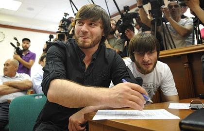 Джабраил и Ибрагим Махмудовы. Фото из архива ИТАР-ТАСС/ Антон Новодережкин