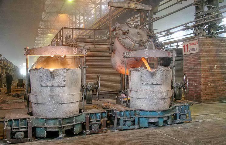В производственном цехе Богословского алюминиевого завода