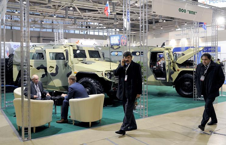"""Военные машины """"ТИГР"""" на выставке средств обеспечения безопасности государства"""