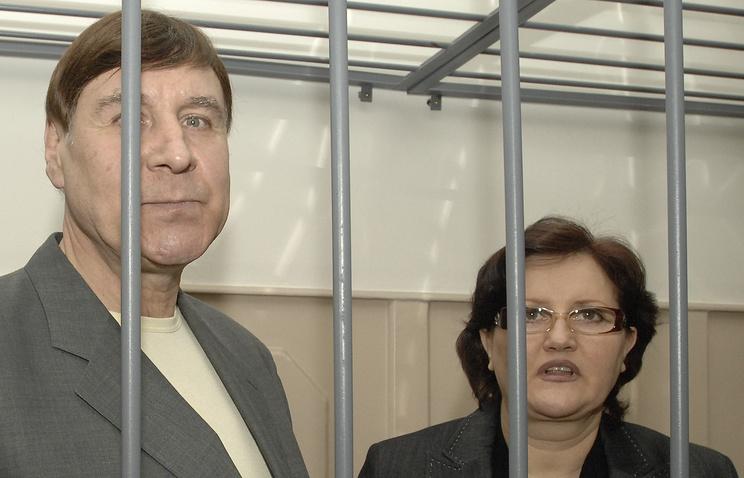 Руководители компании «Социальная инициатива» Николай Карасев и Наталия Карасева, обвиняемые в присвоении более 1 млрд. рублей соинвесторов жилья, перед оглашением приговора в Басманном суде