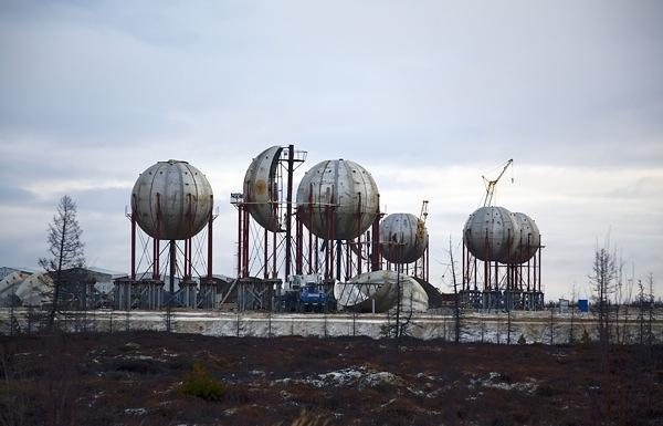 Во время строительства Новоуренгойского газохимического комплекса