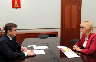 Губернатор Андрей Шевелёв и министр здравоохранения Елена Жидкова