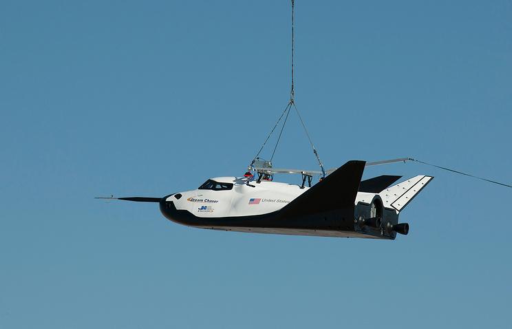 Космический корабль Dream Chaser во время испытаний