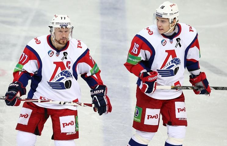 "Хоккеисты ""Локомотива"""