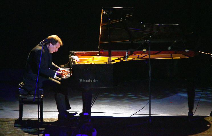 Пианист Юрий Розум