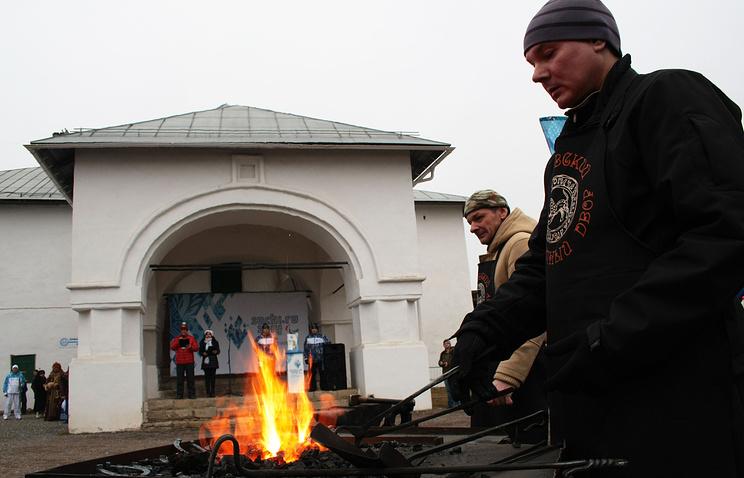Этап эстафеты Паралимпийского огня во Пскове