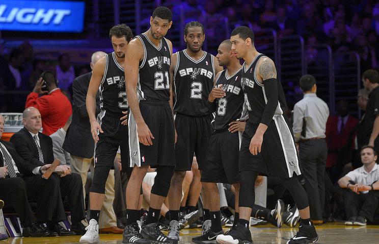 "Баскетболисты ""Сан-Антонио"""