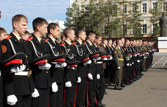 Воспитанники Омского кадетского корпуса