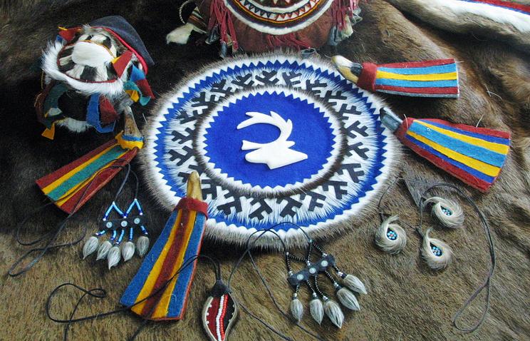 Элементы из оленьего меха, относящиеся к культуре ненецкого народа