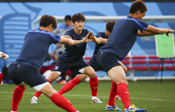 Тренировка футболистов сборной Южной Кореи