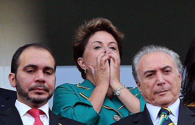 Дилма Роуссефф на одном из матчей чемпионата мира