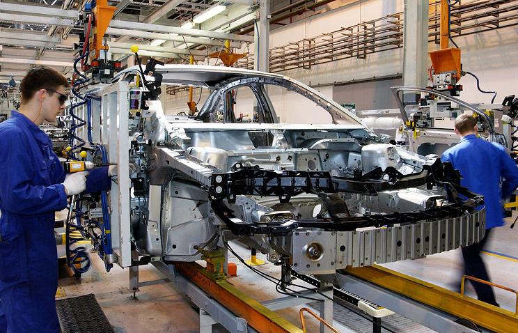 В цехе окончательной сборки автомобилей Ford Focus II завода Ford Motor Company во Всеволожске