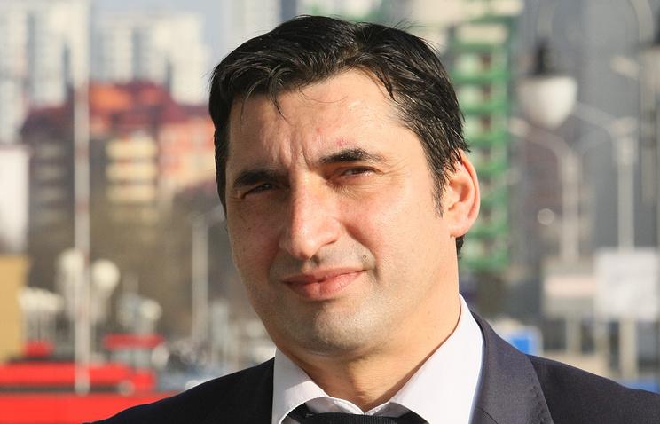 Ислам Хатуев, директор департамента печати и информации министерства ЧР по национальной политике, внешним связям, печати и информации, председатель Союза журналистов ЧР.