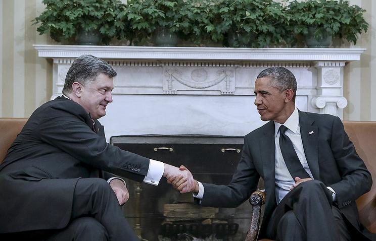 Президент Украины Петр Порошенко и президент США Барак Обама (слева направо)