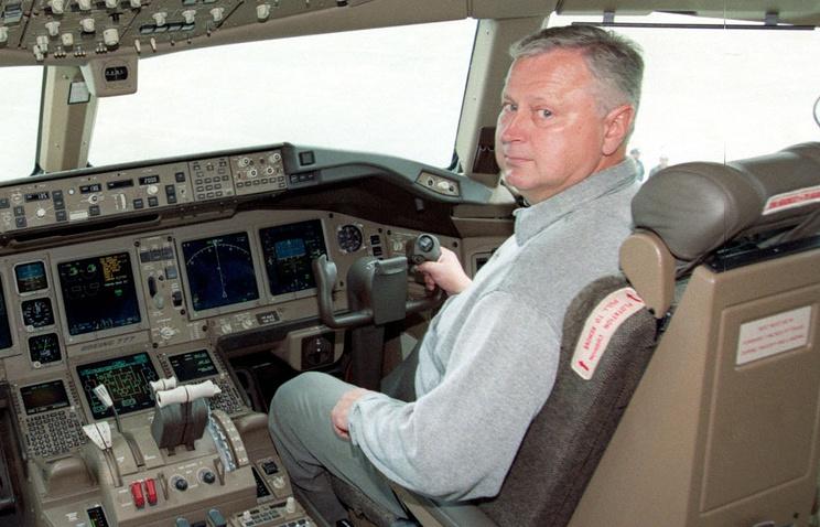 Кабина Boeing-777