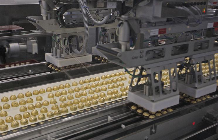 Конвейер на кондитерской фабрике Roshen