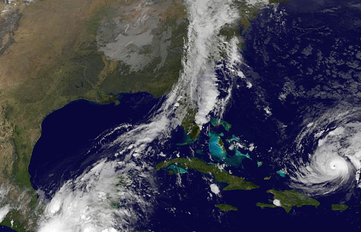 """Снимок с метеоспутника урагана """"Гонсало"""""""