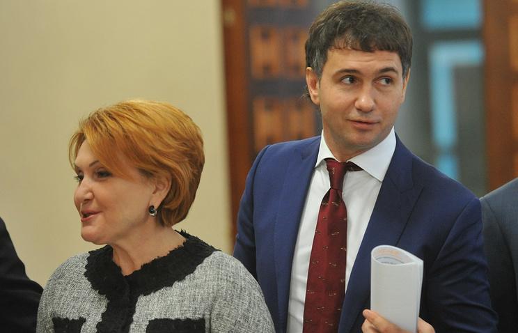 Председатель Совета депутатов Новосибирска Дмитрий Асанцев и экс-глава горсовета, сенатор Надежда Болтенко
