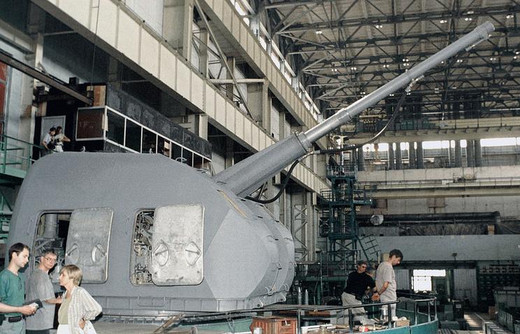 "100-мм автоматическая артиллерийская установка ""А-190Э"". Предназначена для фрегатов проекта 1135.6, по классификации НАТО - Talwar"