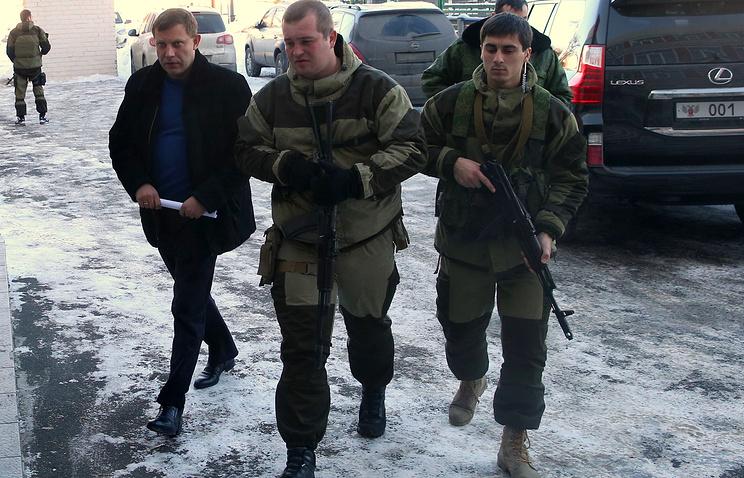 Александр Захарченко (слева)