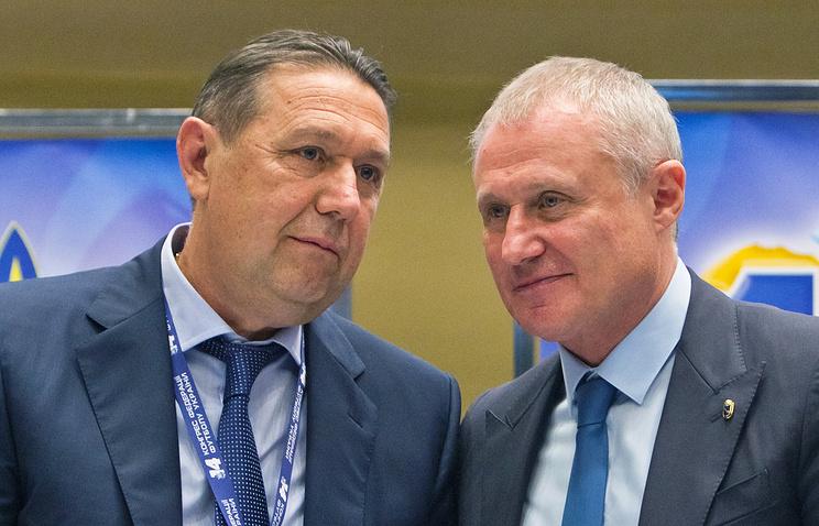 Президент ФФУ Анатолий Коньков и вице-президент УЕФА Григорий Суркис