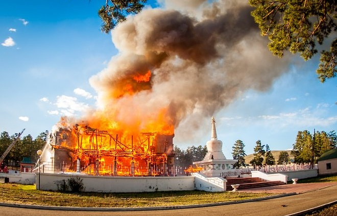 Агинский дацан во время пожара. Архив