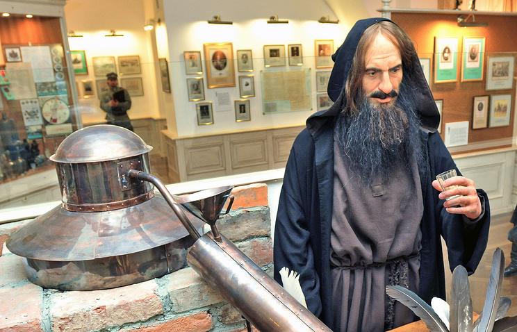 Экспозиция музея русской водки  в Санкт-Петербурге