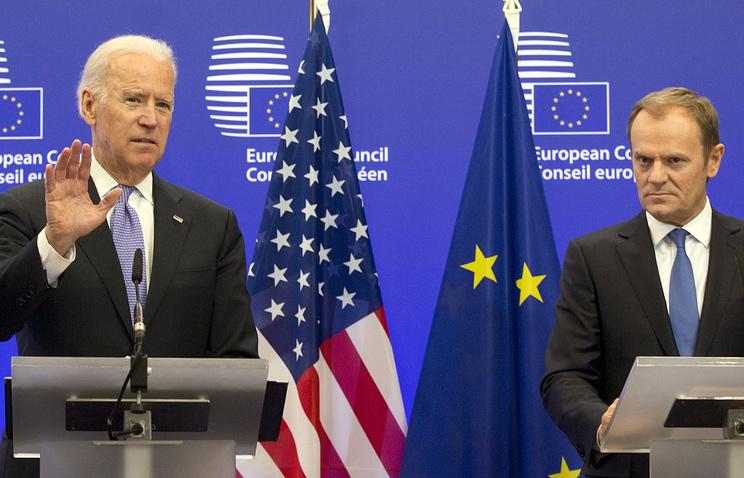 Вице-президент США Джозеф Байден и председатель Евросовета Дональд Туск