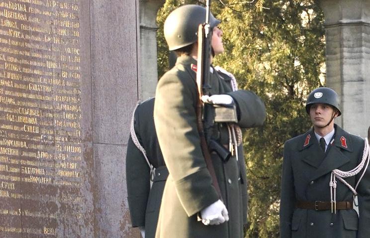 Мемориал советским воинам-освободителям в Вене