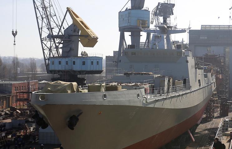 "СКР ""Адмирал Григорович"" во время церемонии спуска на воду, 14 марта 2014 года"