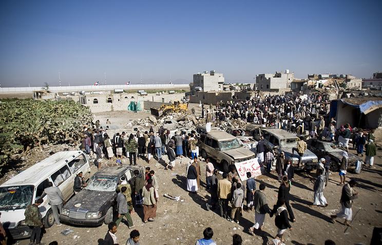 Последствия бомбардировки в Сане, 26 марта