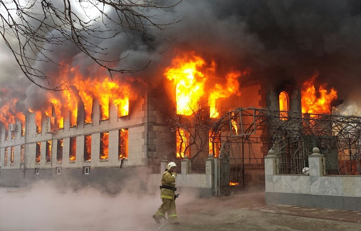 Пожар в центральной мечети Кизляра