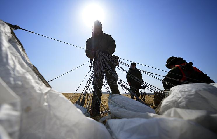 Тактические учения отдельной бригады ВДВ РФ на полигоне в Приморском крае