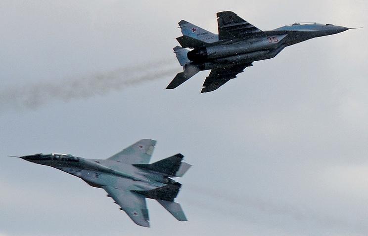 Многоцелевые истребители Су-35