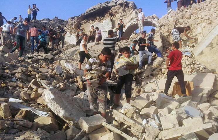 """Руины Мечети пророка Юнуса (Ионы) в Мосуле, разрушенной боевиками """"Исламского государства"""""""