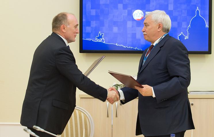 Губернатор Челябинской области Борис Дубровский и глава Санкт-Петербурга Георгий Полтавченко