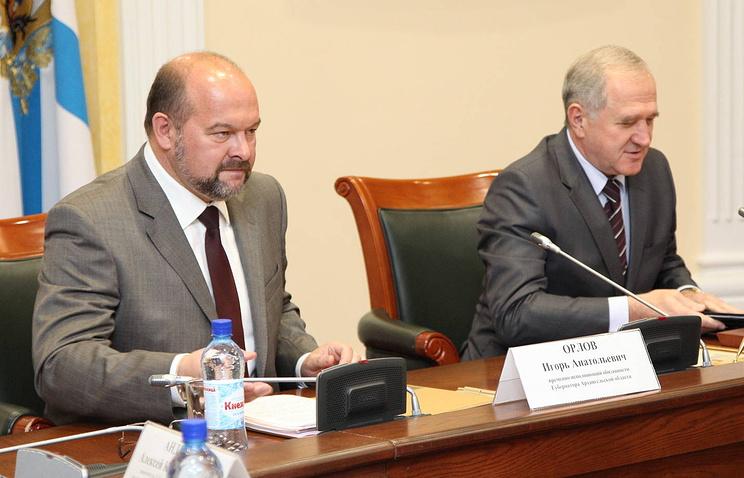 Полномочный представитель президента в СЗФО Владимир Булавин (справа) и врио губернатора Архангельской области Игорь Орлов