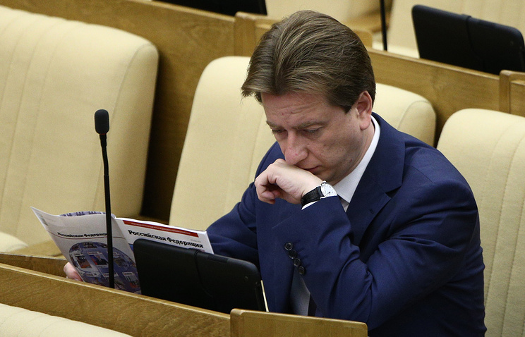 Первый зампред комитета Госдумы по образованию Владимир Бурматов