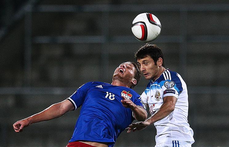 Эпизод из отборочного матча Евро-2016 между сборными Лихтенштейна и России