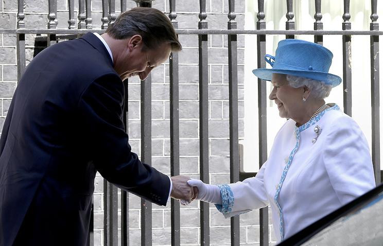 Дэвид Кэмерон и Елизавета II