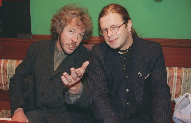 Макаревич А. и Гребенщиков Б. на пресс-конференции, 1996 год