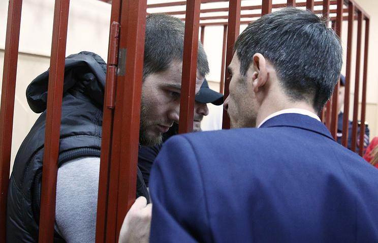 Шадид Губашев (слева)
