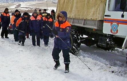Женщина имужчина получили ранения при сходе лавины вКировске