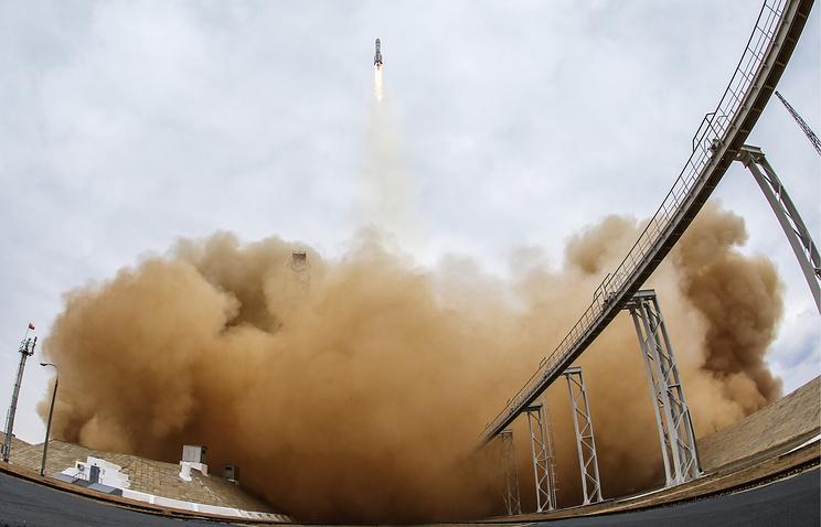 """Запуск ракеты-носителя """"Протон-М"""" с аппаратами совместной российско-европейской межпланетной миссии """"Экзомарс-2016"""