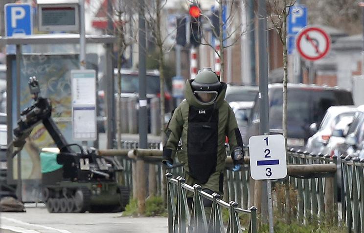 Схваченного впроцессе специализированной операции вБрюсселе боевика ранили вногу