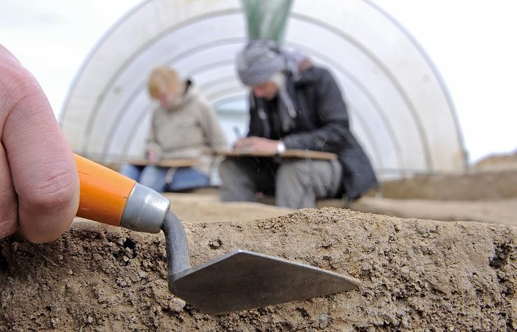 НаТаймыре отыскали  украшения для пирсинга каменного века