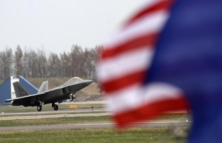 ВВС США расследуют дело осексуальном домогательстве кженщине-генералу