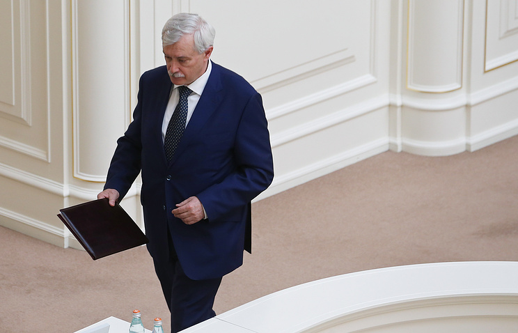 ВСмольном нестали объяснять данные о вероятной отставке Полтавченко