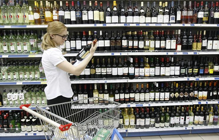 Росалкогольрегулирование выступило заторговлю спиртом через сеть