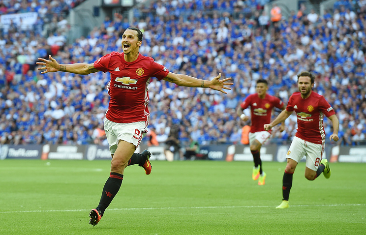 «Заря» проиграл срезультатом 1:0 клубу «Манчестер Юнайтед». Видео гола